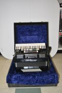 Super V bass accordion