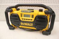 Dewalt DC012 jobsite radio